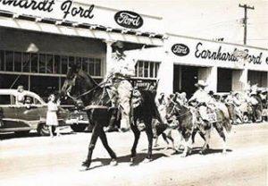 Vintage-Earnhardt-Ford
